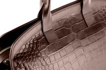 Alligator-Travel-Duffle-Bag-Frank-Clegg-Aiden-Duffle-Chocolate-9-Raw (2)